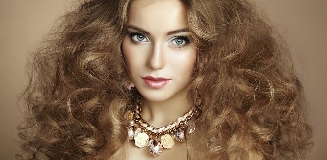 Creme gegen trockene Haarspitzen