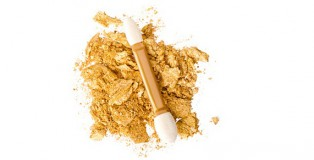 Goldenes Make-Up