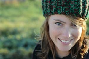 Eine Frau mit Mütze