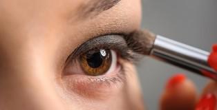 Augen-Makeup in Schokoladentönen