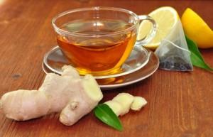 Grüner Tee mit Ingwer und Zitrone
